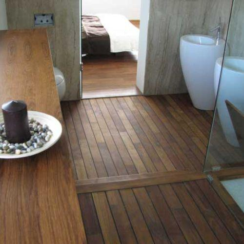 Teakov masivni parket za kopalnice - Vogart klasični parket