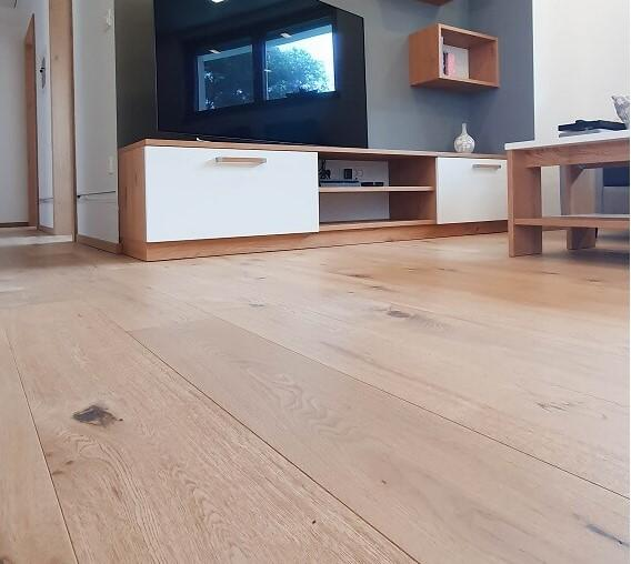 belo oljen parket oxford - stanovanje pirnat (3) – mala