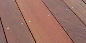 ipe lesena terasa z vidnim vijačenjem